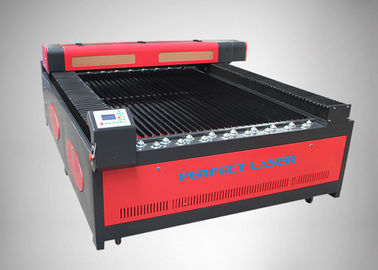 China 100W Flat Bed CO2 Laser Cutting Machine With Water Cooling And Protect System factory